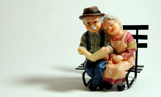 Elderly Couple Crafts