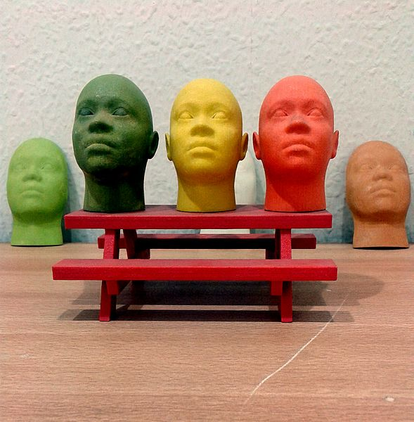 Miniature Human Face Models 3D Printed